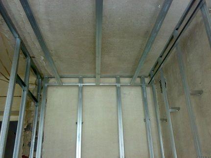 Как самостоятельно обшить стены пластиковыми панелями