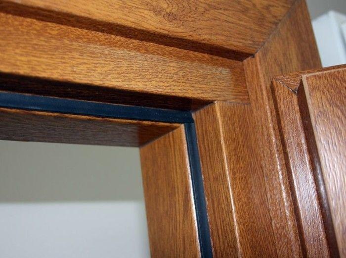 Как утеплить деревянную дверь