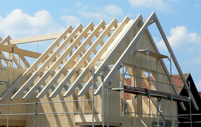 Как сделать двухскатную крышу дома надежной?