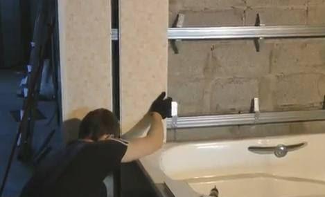 Как обшить ванную пластиковыми панелями: варианты