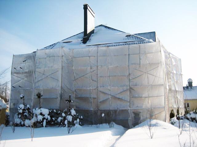 Отделка фасада дома искусственным камнем: меняем внешность