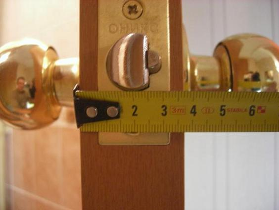 Как врезать замок в дверь своими руками: аккуратность и точность превыше всего