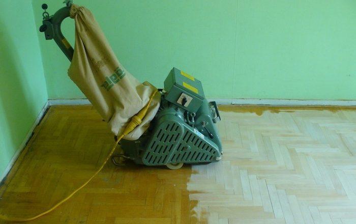 Циклевка деревянного пола: как можно реставрировать поверхность