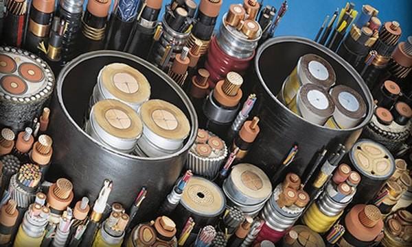 Корректная прокладка кабеля в земле: правила, требования, практические советы