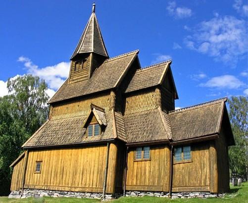 Норвежская рубка: сложное строительство — для плотников профессионалов
