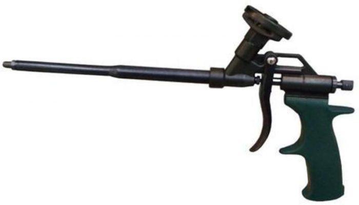 Как пользоваться пистолетом для пены: зарядка, замена баллона и сам процесс