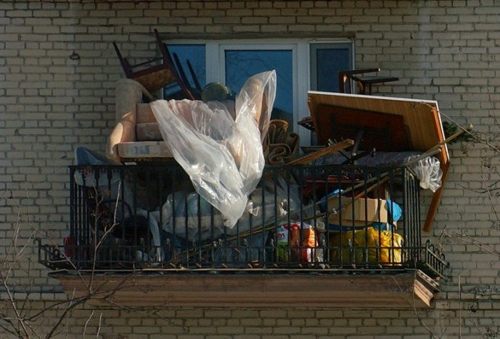 Как избавиться от голубей на балконе: борьба с потенциальной голубятней
