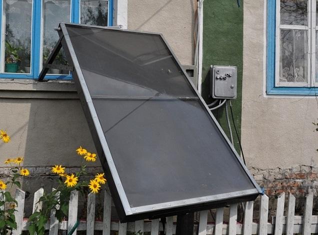 Как нагреть воду солнцем: несложная гелиоконструкция и ее установка