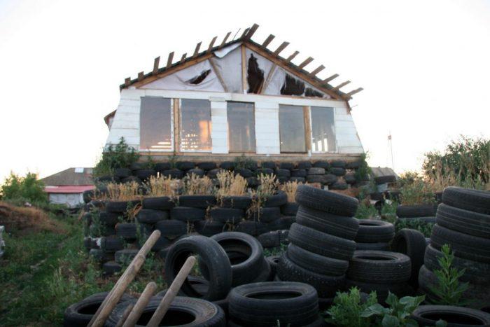 Фундамент из покрышек: резиновое изделие, имеющее право на жизнь