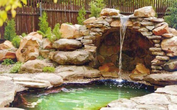 Водопады на дачном участке: вполне реальная задача, если есть желание