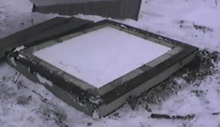 Как утеплить, как закрыть скважину на зиму: способы защиты системы