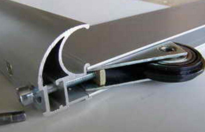Двери для шкафа купе своими руками: сборка и монтаж удобной системы
