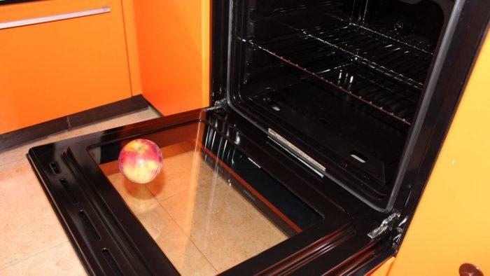Как очистить духовку в домашних условиях: помощь подручных средств