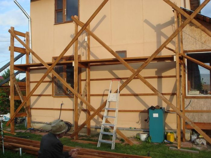 Как сделать строительные леса своими руками: простые, удобные решения