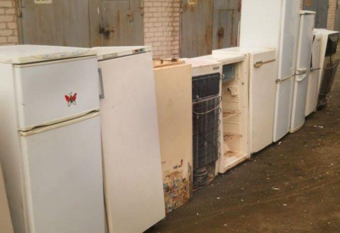 Почему не морозит холодильник: неисправности и способы их устранения