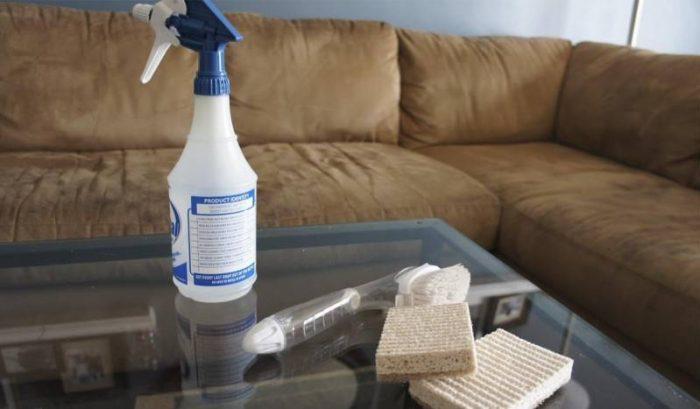 Как очистить диван от пятен в домашних условиях быстро и эффективно