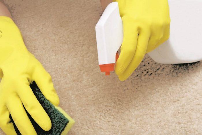 Как отмыть линолеум от грязи: правила чистки и действенные средства