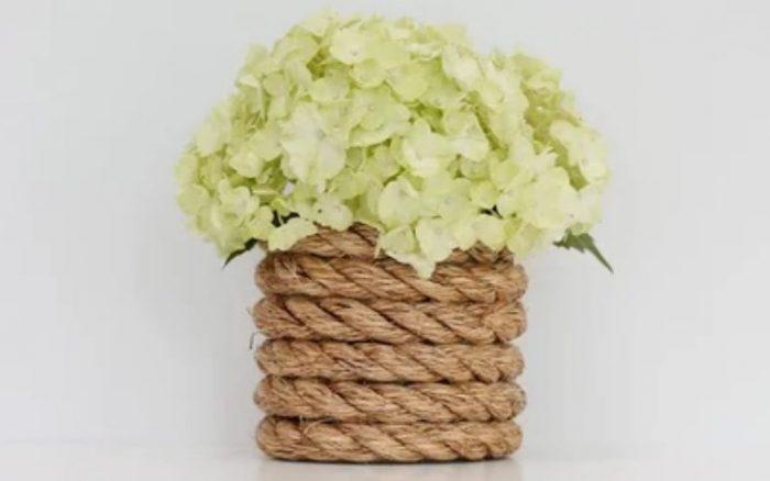 Как сделать вазу своими руками: материалы, возможный декор и варианты создания