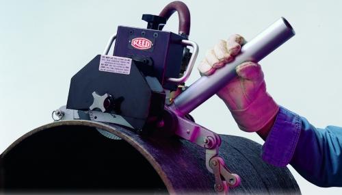 Труборез для стальных труб: виды, преимущества и как инструментами пользоваться