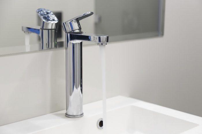 Слабый напор воды: что делать, как найти причины неисправности и устранить их